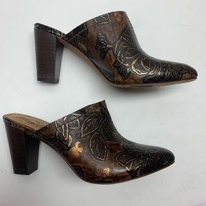 Patricia Nash Bronze Embossed Slip on Mule w/ Heel